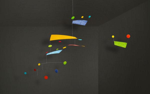 Mobilé Fly (bunt) - Dekoration für große Räume und Treppenhäuser, Schöne Mobilés für Erwachsene